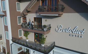 Hotel Bertoluci - Conforto e praticidade neste hotel !